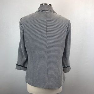 Willow & Clay Jackets & Coats - ❤️ Willow & Clay Striped Blazer Size Large